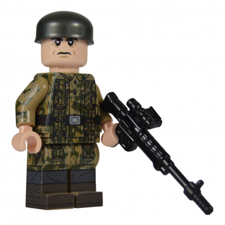 WW2 Fallschirmjäger Minifigure (Version 1)