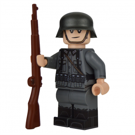 WW2 German Rifleman Minifigure