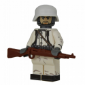 WW2 Winter German Rifleman Minifigure