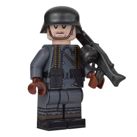 WW2 Greatcoat German MG Gunner Minifigure