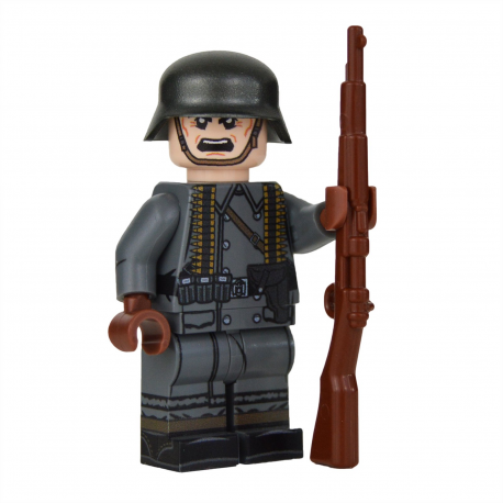WW2 Greatcoat German MG Assistant Minifigure