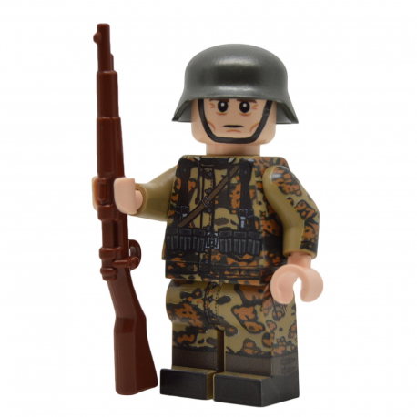 WW2 German in Oak Leaf Camo (Kar98k)
