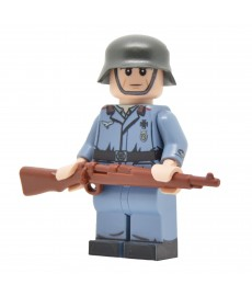 WW2 Luftwaffe Flak Soldier
