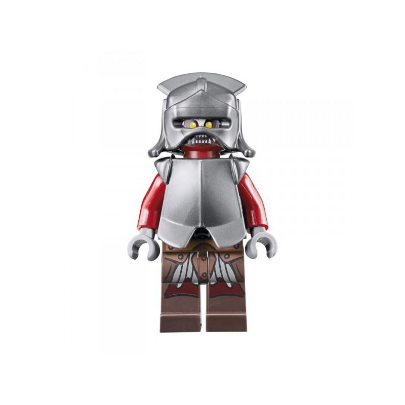 Uruk-hai mit Helm