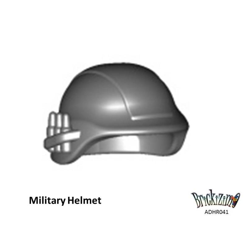 Militärhelm